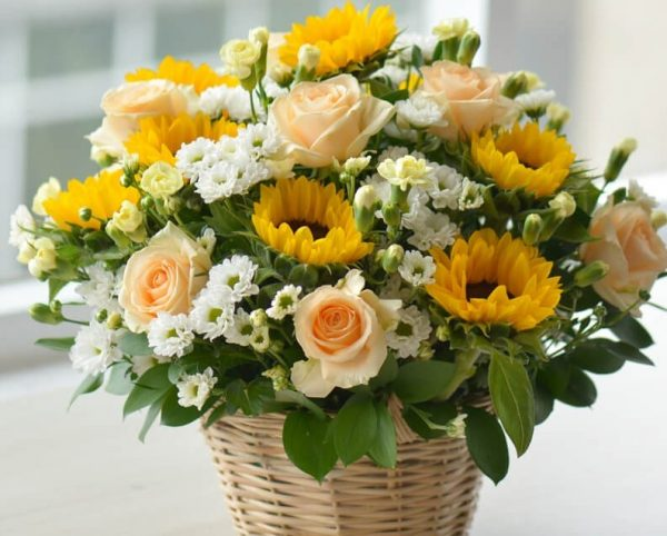 Cách Cắm Hoa Hướng Dương Để Bàn